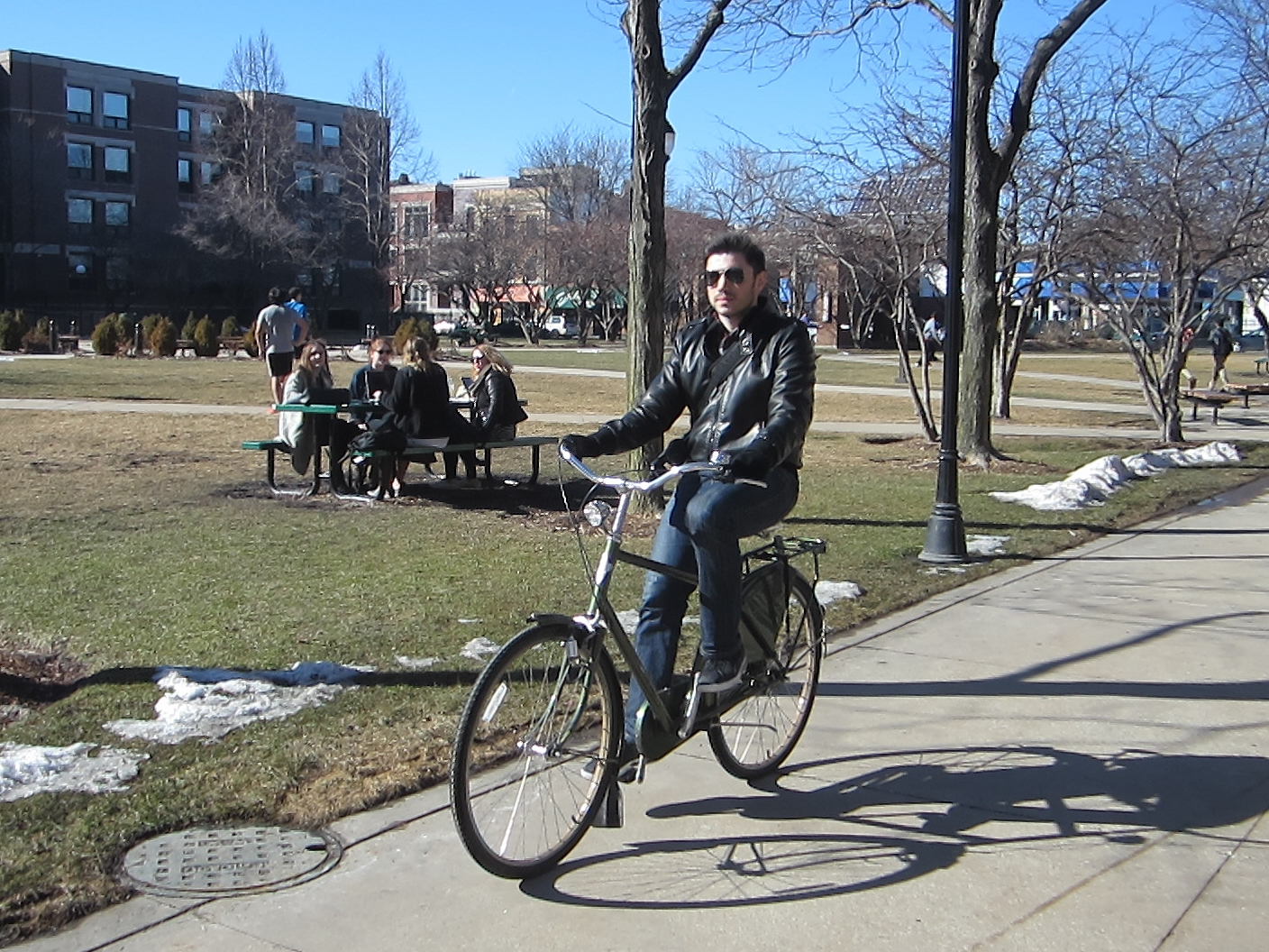 Stan Treger bikes to class on the DePaul campus. Photo: John Greenfield